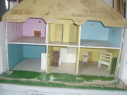These houses were not papered. just painted.