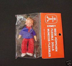 Erna Meyer / Ermey doll with plastic head, typical cloth shoes and hands