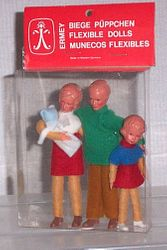 Erna Meyer / Ermey boxed family with plastic heads, shoes & feet
