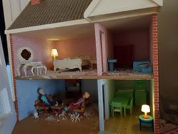 Marie's Seventies' style dolls house interior
