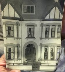 Photos of the house - front