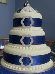Blue Ribbon and Silver Buckle Wedding cake