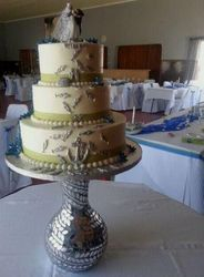 3tier Wedding cake with fish and blue flowers