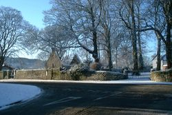 Towards Auld Alloway Kirk an 5t 2010  by Reg Tait