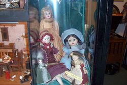 dolls in grassington local museum