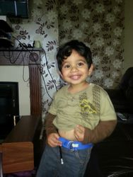 my handsum boy Anas