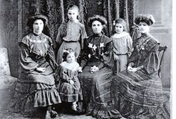 Alice Skinner and daughters