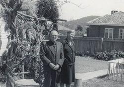 Violet (nee Yeo) and Leonard Austin 37 Hackett Gardens Turner