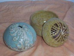 lidded box & vessel.....robyn mconie