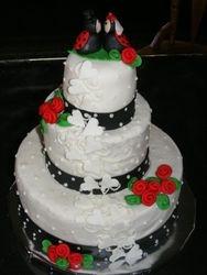 lady bugs wedding cake
