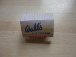 Wall's Neopolitan ice cream box
