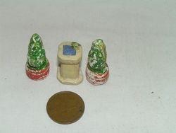 Topiary and pillar