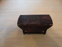 Escutcheon table, closed