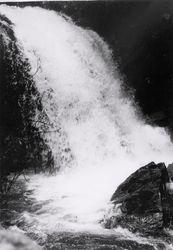 Pre-Chomberi Waterfalls 10-66