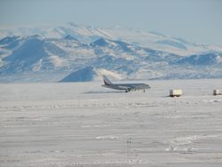 Aircraft landing on the ice