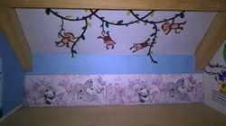 Decorating the children's bedroom