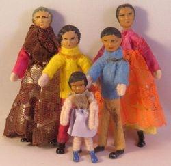 Dol-toi Figertoi Asian Family