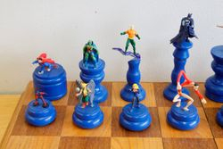 DC Chess Set King Side