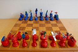 Marvel vs DC Chess Set