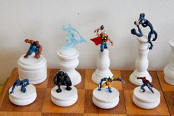 Marvel Heroes Chess Set King Side