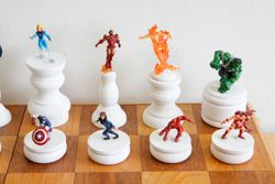 Marvel Heroes Chess Set Queen Side