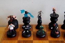 Marvel Villains Chess Set Queen Side