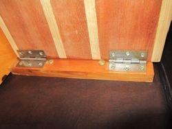 Underside of hinge fitting