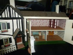 The higgledy piggledy house