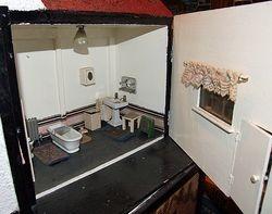 Lines House bathroom