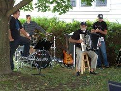 Dan's dad delivers a kickin' polka encore on the accordion!
