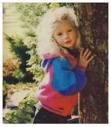 Taylor hugging a tree