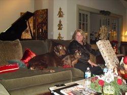 Taylor's mom and dogs on Christmas 2009