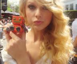 Taylor with a robot
