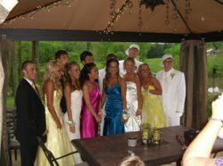 Taylor with all her friends at prom