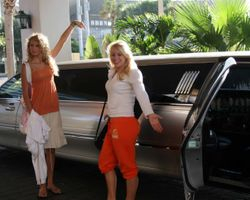 Taylor and Emily get a limo