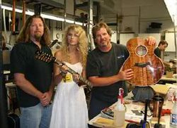 Taylor getting her guitar repaired
