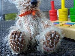 Finley's paws & nose))