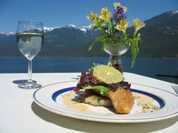 Kaslo Hotel - Great Food, Gorgeous View