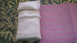 Zoe's white bedding set