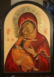 Maica Domnului  icoana iconostas in sfantul altar