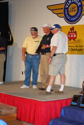 Bob Epting receives award for Outstanding Cub