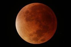 Mid eclipse 90mm Maksutov