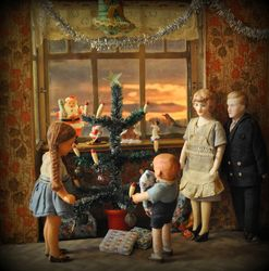 Gather Round the Christmas Tree