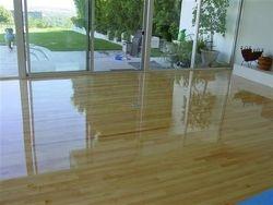 Laminate Glossy Floors