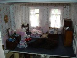 Mrs Manda's bedroom
