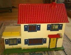 Crest Cottage - exterior