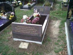 Paradiso Granite full memorial