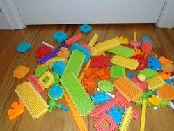 Parent's Magazine Bristle Blocks Twirlie Tots - $25