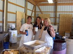Beth, Sharon and Diane help with the Chicken Dinner