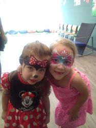 Minnie Mouse and pink mask